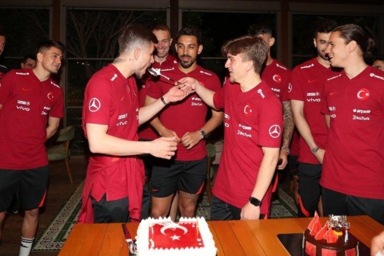 Dorukhan ve Rıdvan'a doğum günü kutlaması