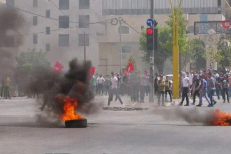 El Halil'de İsrail güçleri ile Filistinliler arasında çatışma çıktı