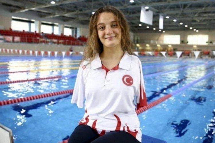 Sümeyye Boyacı, 200 metre serbestte bronz madalya kazandı