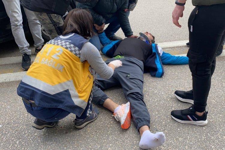 Bursa'daki kazada kurye ağır yaralandı