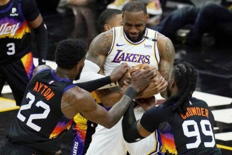 Lakers, Phoenix deplasmanında kaybederek başladı