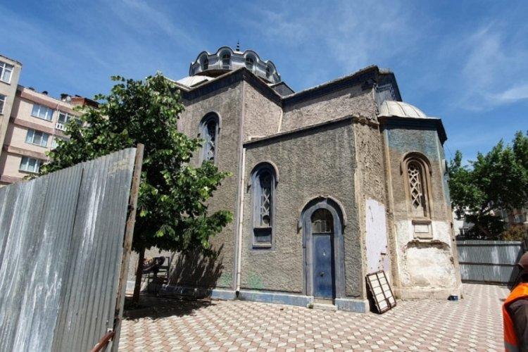 Bursa Gemlik'teki tarihi Balıkpazarı Camisinin restorasyonu başladı