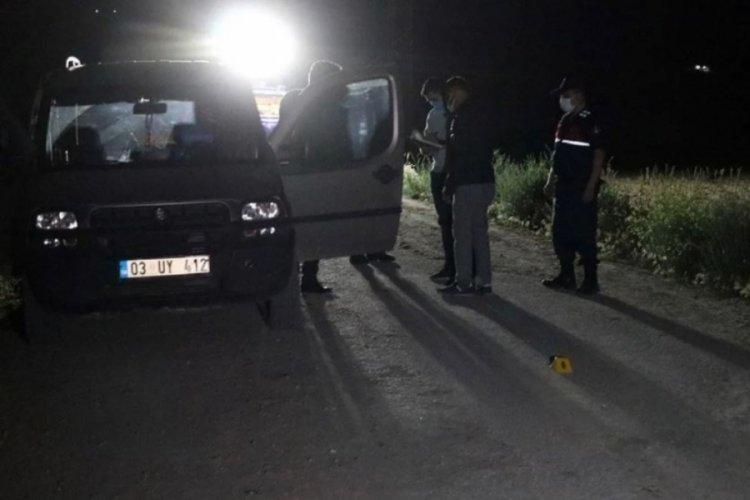 Yasak aşk şüphesi silahlı kavgaya dönüştü: 1 ölü, 1 yaralı