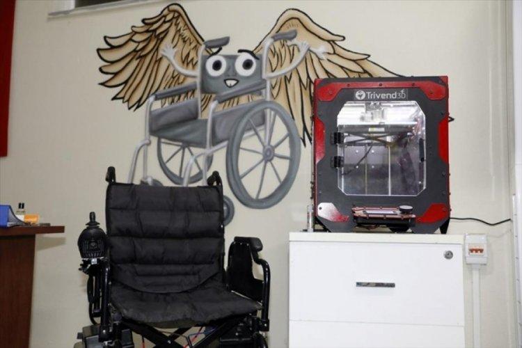Bursa'da engelli araçlarının parçaları 3D yazıcıyla üretiliyor