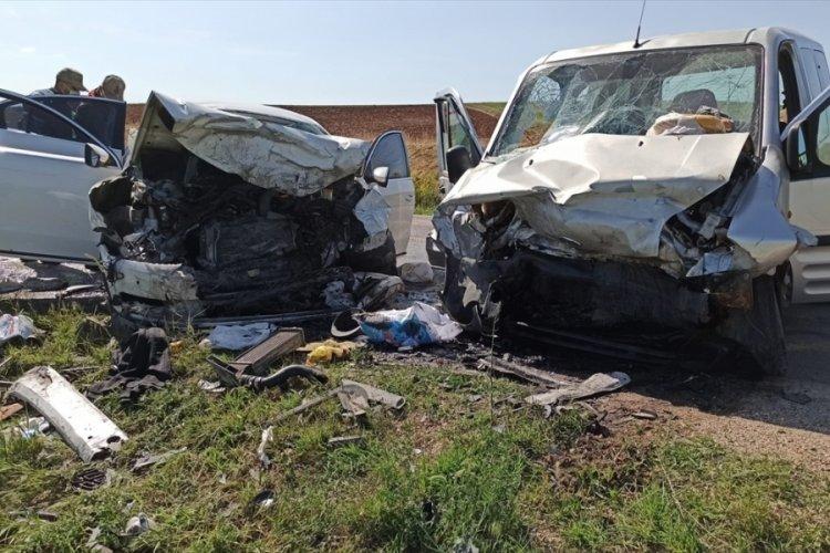 Tokat'ta trafik kazası: 3 ölü