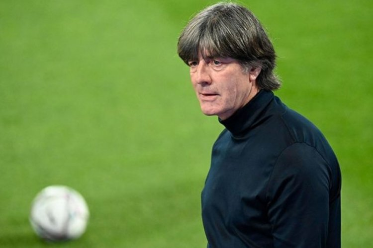 Joachim Löw, Fenerbahçe'nin teklifini reddetti