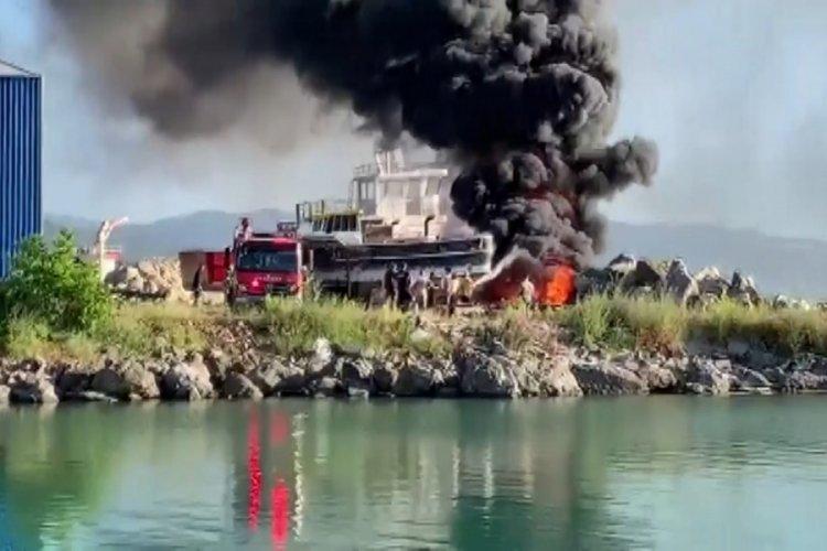 Zonguldak'ta tersanede yangın