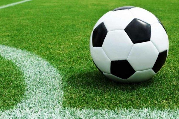 Türkiye - Azerbaycan maçının hakemleri açıklandı