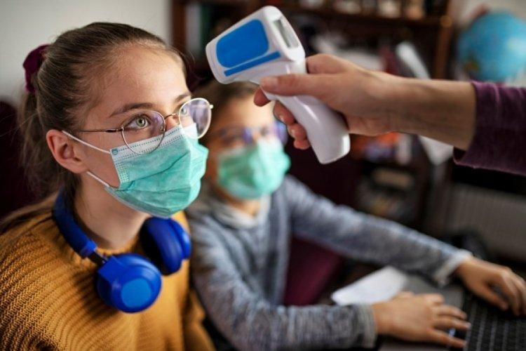 Almanya'da 12 yaşından büyük çocuklar da Kovid-19 aşısı yaptırabilecek