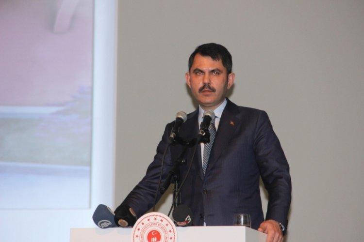"""Bakan Kurum, """"Depremle mücadeleyi, terörle mücadele kadar önemli görüyoruz"""""""