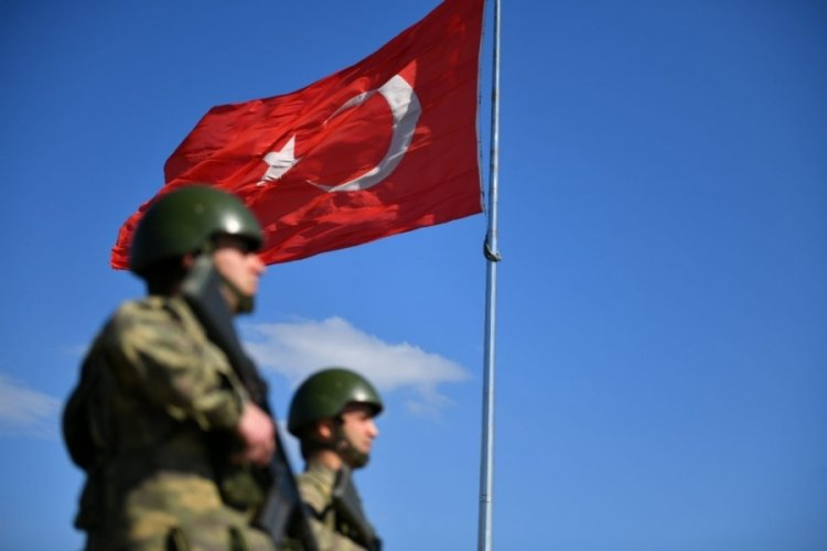 MSB: Yasa dışı yollarla ülkemize girmeye çalışan 8 kişi yakalandı