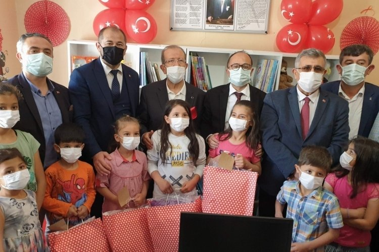 Bursa'da öğrencilerin kütüphane mutluluğu