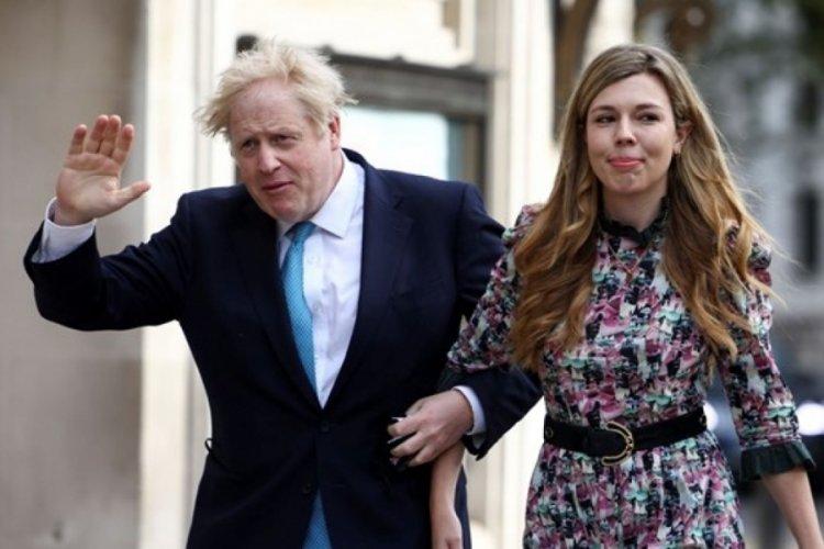 İngiltere Başbakanı Johnson gizli törenle evlendi