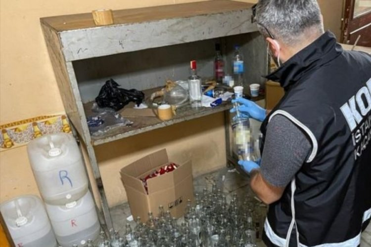 İstanbul'da 2 bin litre sahte içki ele geçirildi