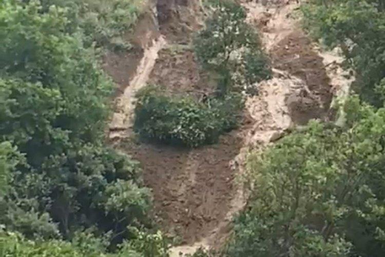 Amasya'daki heyelan kamerada