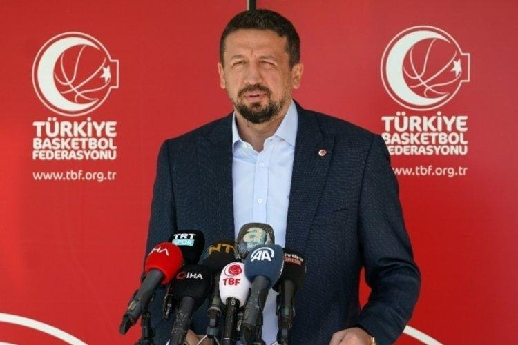Hidayet Türkoğlu, Anadolu Efes'in şampiyonluğunu kutladı