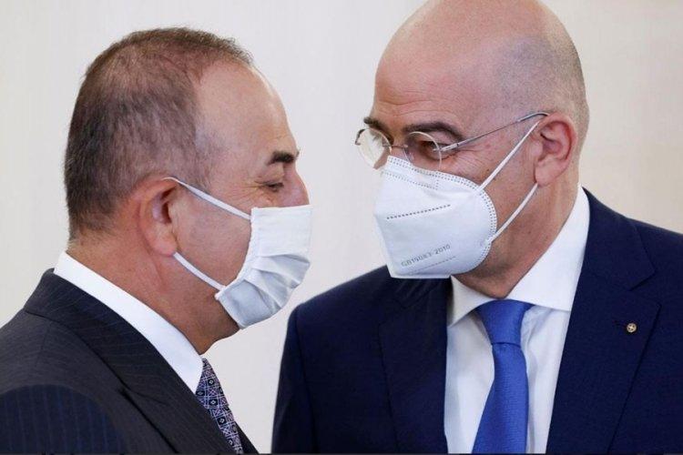 Çavuşoğlu Yunanistan'da: İki ülke aşı sertifikasında anlaştı!
