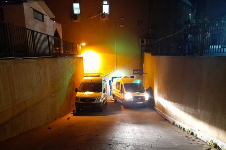 Zeytinburnu'nda bıçaklı kavga: 1 ölü, 1 yaralı