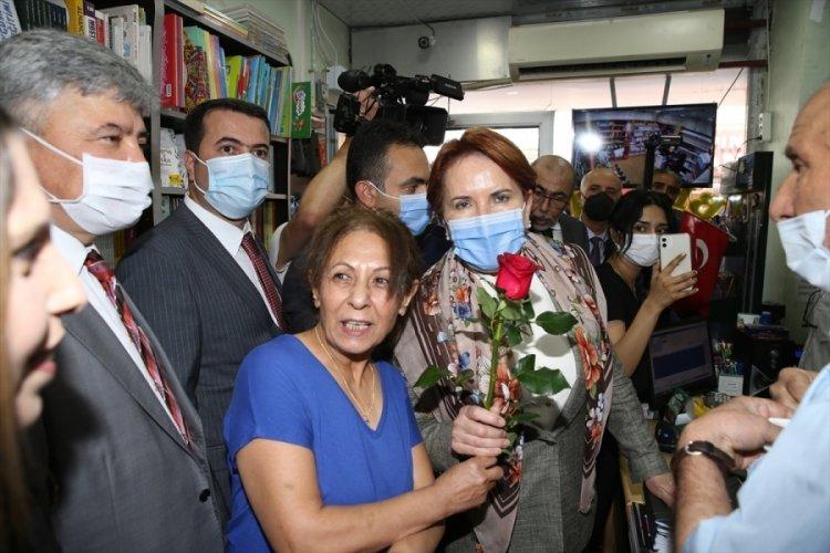 Meral Akşener, Hatay'da esnafla bir araya geldi