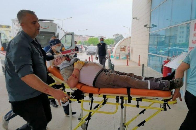 Bursa'da makineye başını çarpan işçi, ağır yaralandı