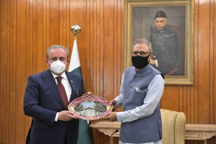 TBMM Başkanı Şentop, Pakistan Cumhurbaşkanı Alvi tarafından kabul edildi