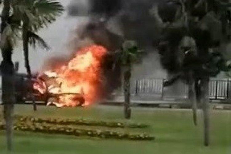 Bursa Sırameşeler'de otomobil alev alev yandı
