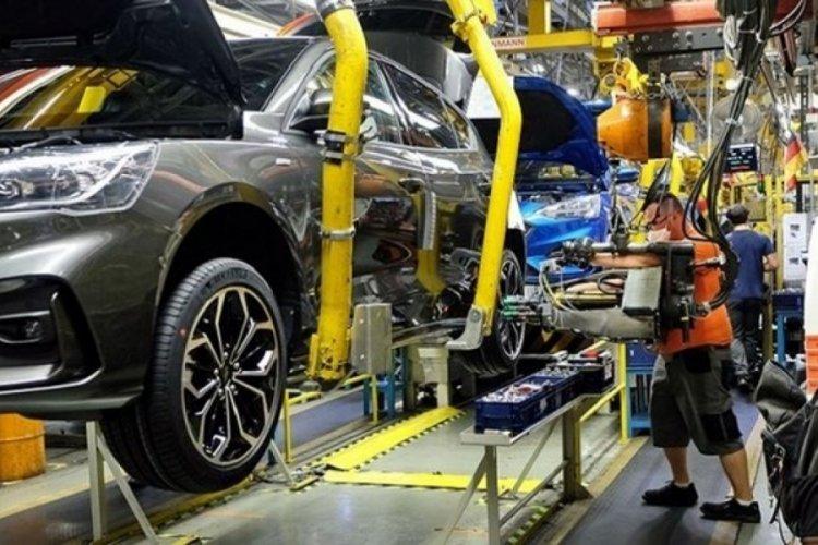 Otomotiv satışları baz etkisiyle yüzde 70 arttı