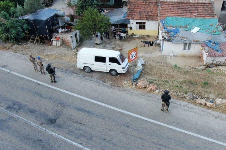 350 jandarmanın katıldığı operasyonda 22 gözaltı