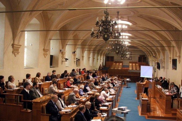 Çekya'yı karıştıran iddia: Cumhurbaşkanı görevden alınabilir
