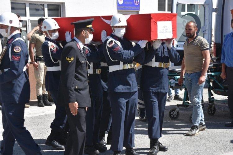 Bitlis'te şehit güvenlik korucusu için tören