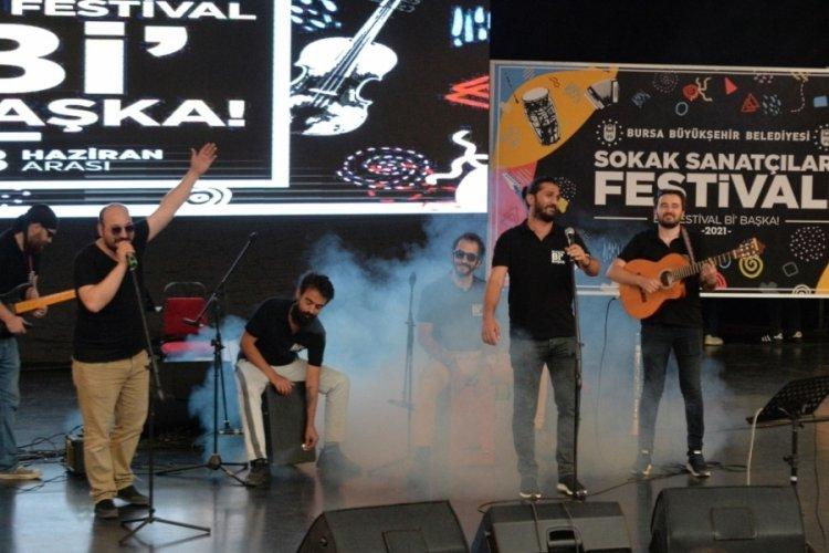 Bursa'da Sokak Sanatçıları Festivali, final konseriyle sona erdi