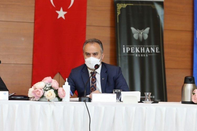 """Bursa Büyükşehir Belediye Başkanı Aktaş: """"Hanlar Bölgesi'ndeki dönüşüm kapsamında Boyner binasını da yıkacağız"""""""