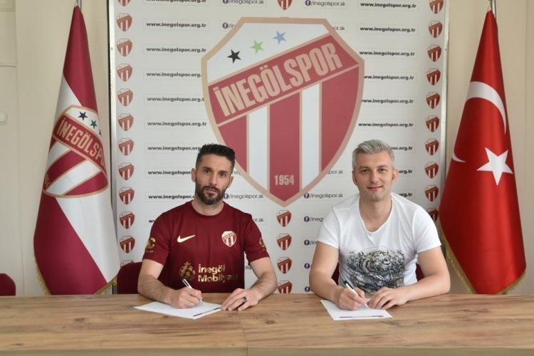 İnegölspor Türker Toptaş ile sözleşme imzaladı