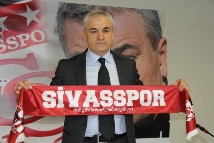 Rıza Çalımbay 1 yıl daha Sivasspor'da!