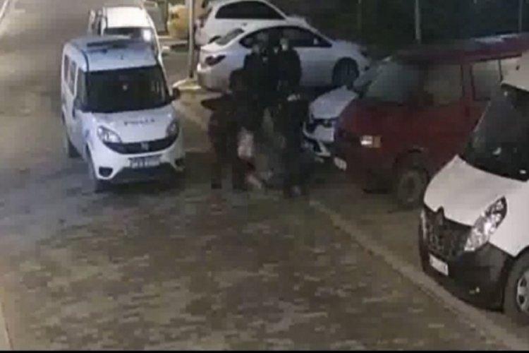 Polisin dövdüğü kadına emniyet müdüründen çiçek