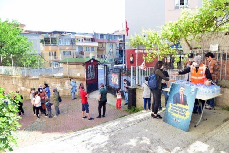 Bursa Yıldırım Belediyesi LGS'de öğrencileri yalnız bırakmadı