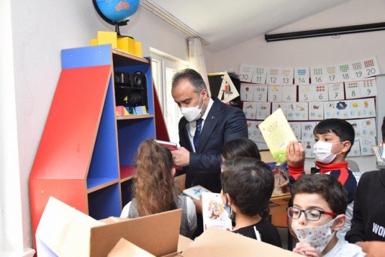 Bursa'da köy okulunda bayram havası