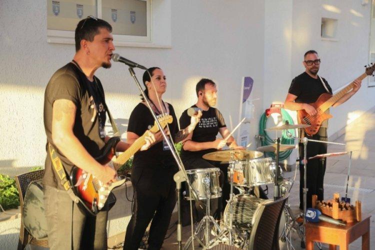 Bodrum Belediyesi'nden sanatçılara destek geldi