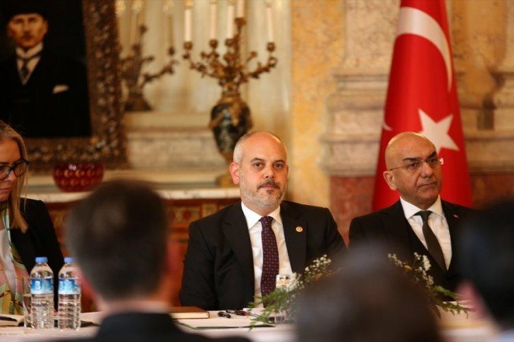 Akif Çağatay Kılıç, Avusturya'da Türk STK temsilcileriyle görüştü