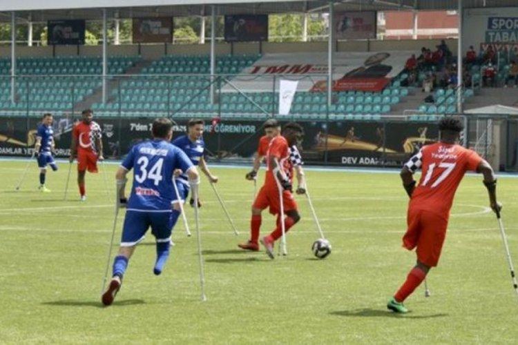 Ampute Futbol Süper Ligi'nde üçüncü gün maçları oynandı