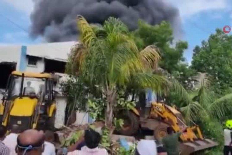 Hindistan'da kimya tesisinde yangın: 18 ölü