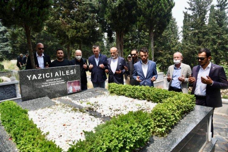 Bursaspor yönetiminden Yazıcı'nın kabrine ziyaret