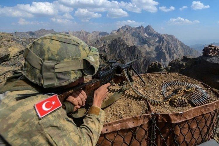 Gara bölgesinde 2 PKK'lı terörist yakalandı!