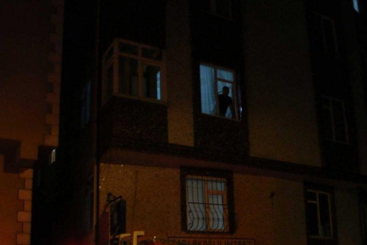 8 katlı binada korkutan yangın