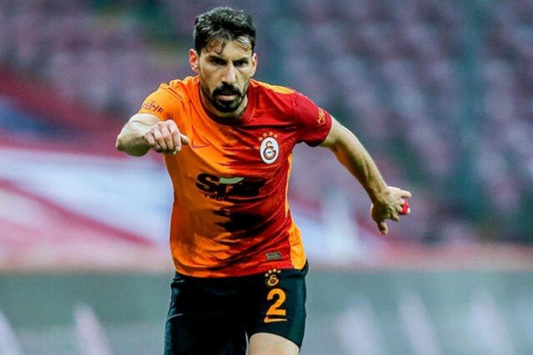 Şener Özbayraklı, Galatasaray'dan ayrıldı
