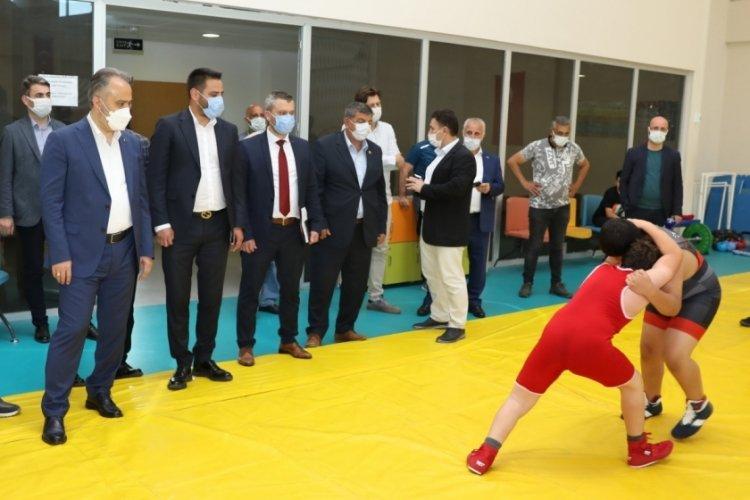 Bursa Belediyespor sporcu fabrikası gibi çalışıyor