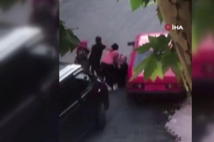 Sokak ortasında kavga!