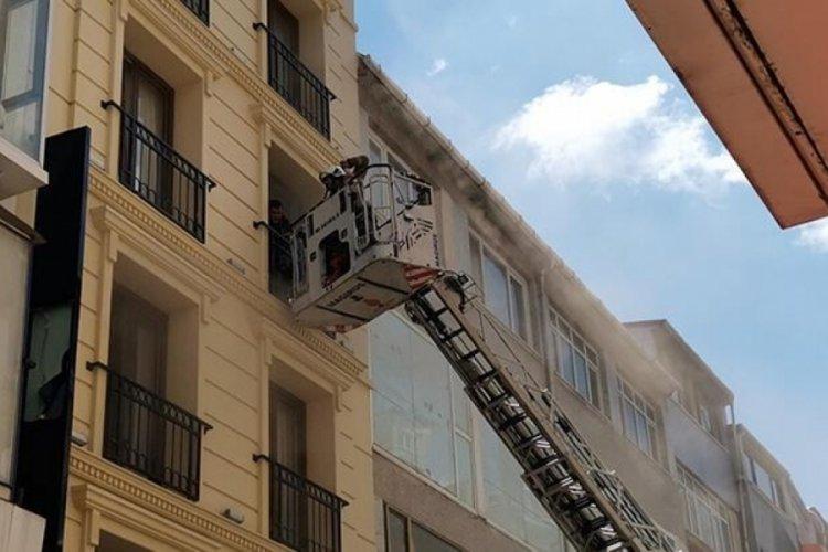 İstanbul'da otelin saunasında yangın! Çok sayıda itfaiye sevk edildi