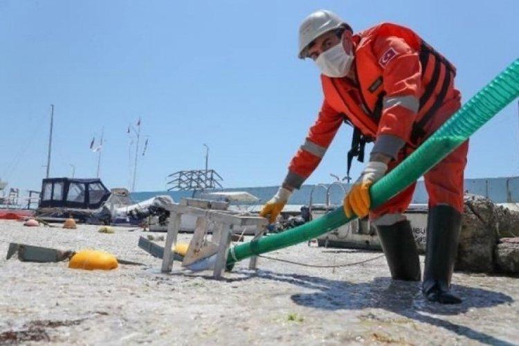 Marmara'da müsilaj seferberliği devam ediyor: Bursa'da 50 m³ müsilaj temizlendi