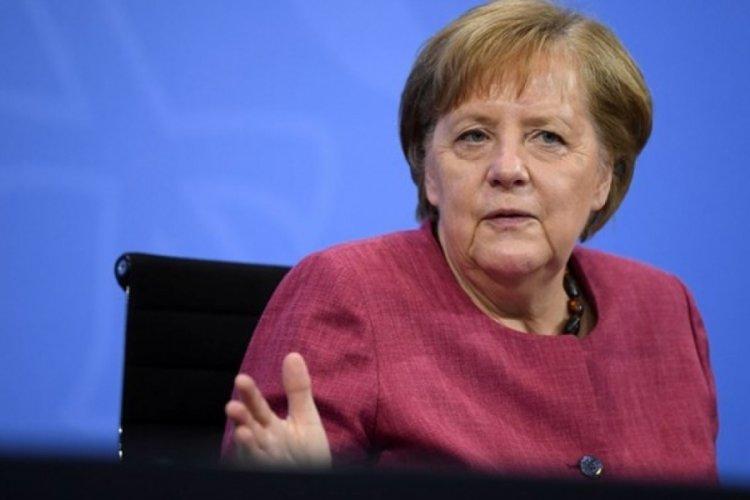 Merkel'den Covid-19 açıklaması